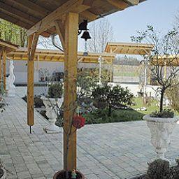 Chalet_Valley-Valley-Garden-407598.jpg