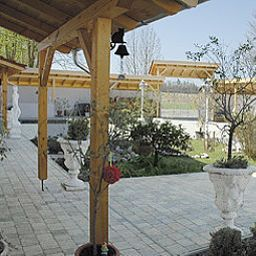 Garden Chalet Valley