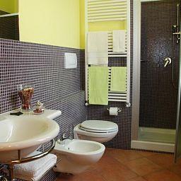 Marzia-Scandicci_near_Florence-Bathroom-408067.jpg