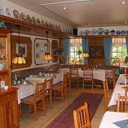 Luetkemeyer-Bremen-Breakfast_room-408189.jpg