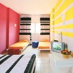 Four-bed room Caribbean World Beach and Garden