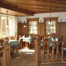Krone-Stuehlingen-Restaurantbreakfast_room-1-409184.jpg