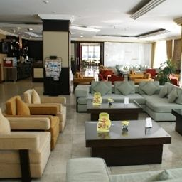 Star_Metro_Deira-Dubai-Hotelhalle-3-409413.jpg