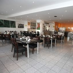 art_Hotel_Koerschen-Essen-Breakfast_room-409505.jpg