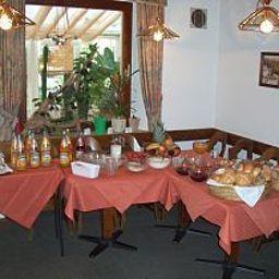 Adler_Gasthof-Nonnenhorn-Buffet-410377.jpg
