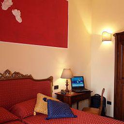 Petit_Chateau_BB-Montecatini_Terme-Room-410482.jpg