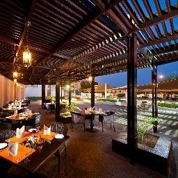 Al_Falaj-Muscat-Restaurant-1-410667.jpg
