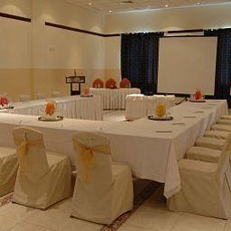 Al_Falaj-Muscat-Conference_room-410667.jpg