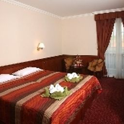 Koedmoen_Wellness-Eger-Double_room_superior-4-411139.jpg