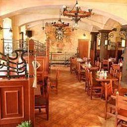 Dar-Prague-Restaurant-411441.jpg