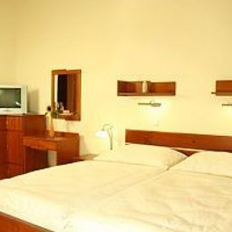 Dar-Prague-Room-2-411441.jpg