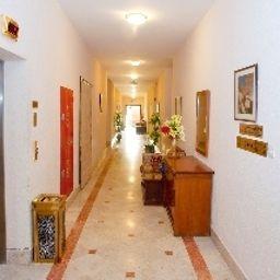 Safeer_Hotel_Suites-Muscat-Hotel_indoor_area-411925.jpg