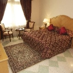 Safeer_Hotel_Suites-Muscat-Junior_suite-1-411925.jpg