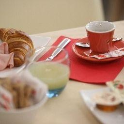 Breakfast buffet Mito