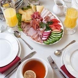 Petit-déjeuner buffet Benefis