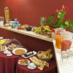 Bufet śniadaniowy Manganelli Palace