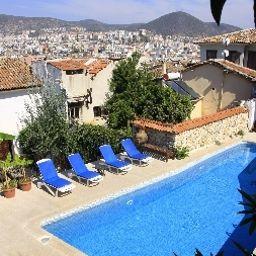 Villa_Konak_Hotel-Kusadasi-Exterior_view-5-412957.jpg