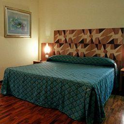 Della_Citta-Forli-Room-4-413415.jpg