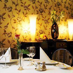 Belvedere-Budapest-Restaurantbreakfast_room-1-413752.jpg
