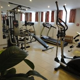 Grand_Hotel_Dream_Main_City_Center-Frankfurt_am_Main-Fitness_room-414070.jpg