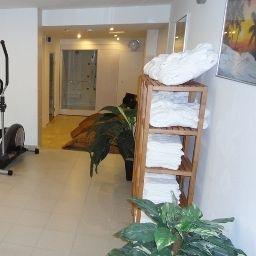 Grand_Hotel_Dream_Main_City_Center-Frankfurt_am_Main-Wellness_Area-2-414070.jpg