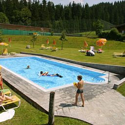 Waldhof-Scheffau_am_Wilden_Kaiser-Pool-414341.jpg