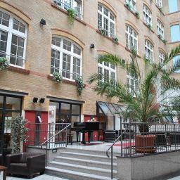 Hall de l'hôtel Singer109