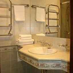 Kamerdiner-Sankt-Peterburg-Bathroom-414628.jpg