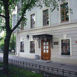Kamerdiner-Sankt-Peterburg-Exterior_view-414628.jpg