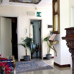 Hall Original Turin (Piemont)