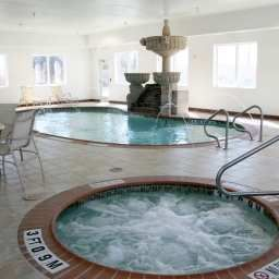Hampton_Inn_Suites_Corpus_Christi_I-37_-_Navigation_Blvd-Corpus_Christi-Schwimmbad-1-415484.jpg