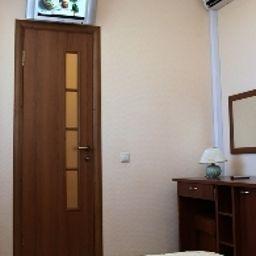 Zimmer Kolvi Hotel