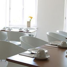 Salle du petit-déjeuner Mons am Goetheplatz