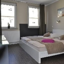 Sandmanns_am_Dom-Cologne-Room-5-419108.jpg