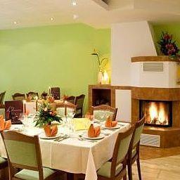 Ballands_Haupthaus-Lindwedel-Restaurant-1-420088.jpg