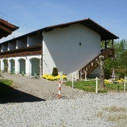 Rosenhof-Aidenbach-Exterior_view-9-421153.jpg