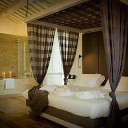 Castello_di_Montignano_Relais_Spa-Massa_Martana-Suite-4-421415.jpg