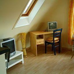 Meyer_Pension-Buxtehude-Room-12-421551.jpg