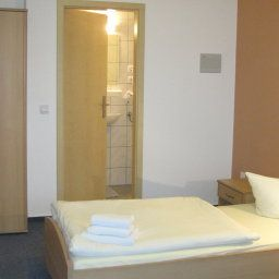 Messe-Motel-Laatzen-Room-4-422038.jpg