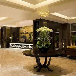 Vestíbulo del hotel Courtyard Shanghai Xujiahui