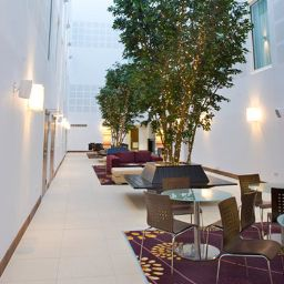 Hall de l'hôtel Courtyard London Gatwick Airport