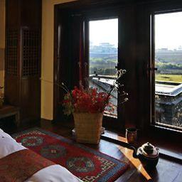Room Songtsam Retreat at Shangri la MGallery Collection