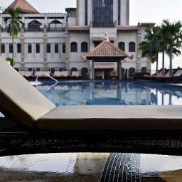 Bar de l'hôtel Pullman Putrajaya Lakeside