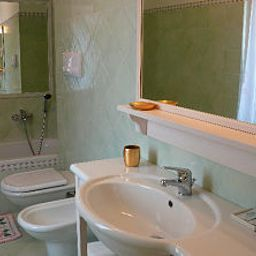 Bathroom Villa Giulia Bed & Breakfast Vallio Terme (Lombardia)