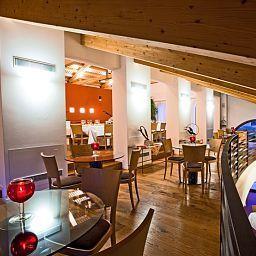 Borgo_Ronchetto_Relais_Gourmet-Salgareda-Interior_view-1-423804.jpg