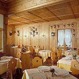 Argentina-Cortina_d_Ampezzo-Restaurantbreakfast_room-424062.jpg