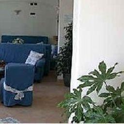 Hall de l'hôtel Punta Imperatore
