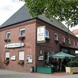 Franke-Ahaus-Aussenansicht-2-424506.jpg