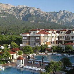 Piscina Garden Resort Bergamot Hotel
