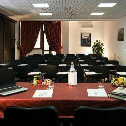 Conference room Excel Roma Ciampino